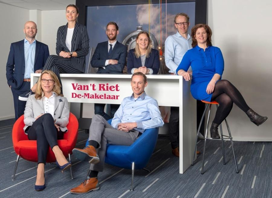 Het team van Van 't Riet De-Makelaar