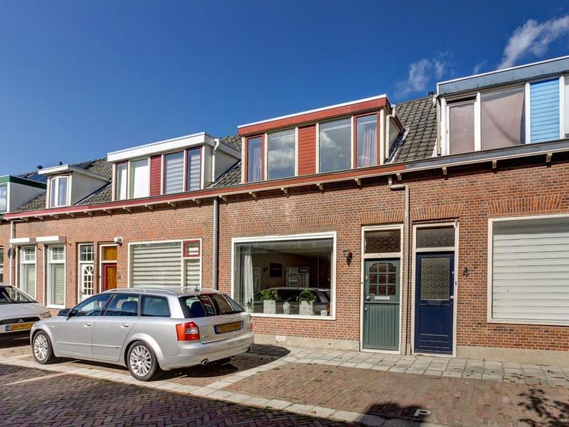 Prins Bernhardstraat 6 te De Lier - in Huizen