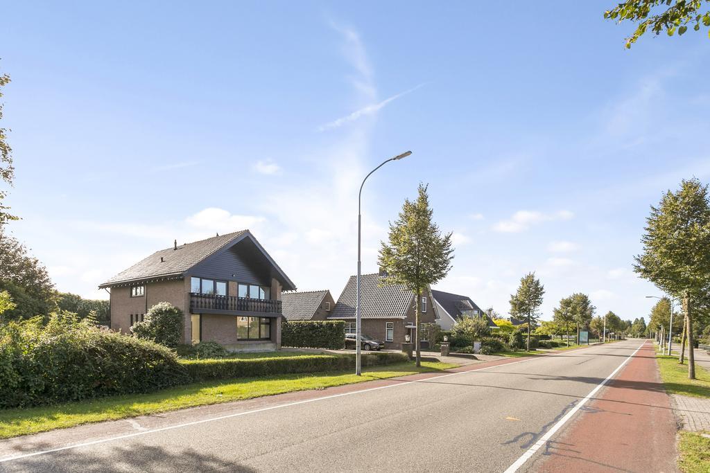 Burgemeester van Randwijckstraat 25  5328 AS ROSSUM