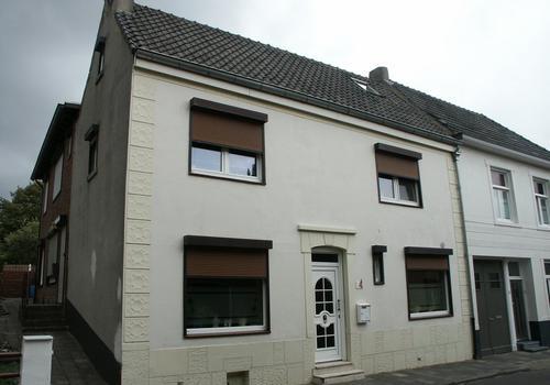 Dorpstraat 49 in Landgraaf 6373 JC