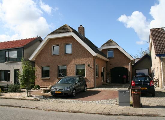 Smitsweg 19 in Hellevoetsluis 3222 AG