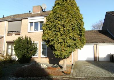 Azaleastraat 37 in Venlo 5922 ED