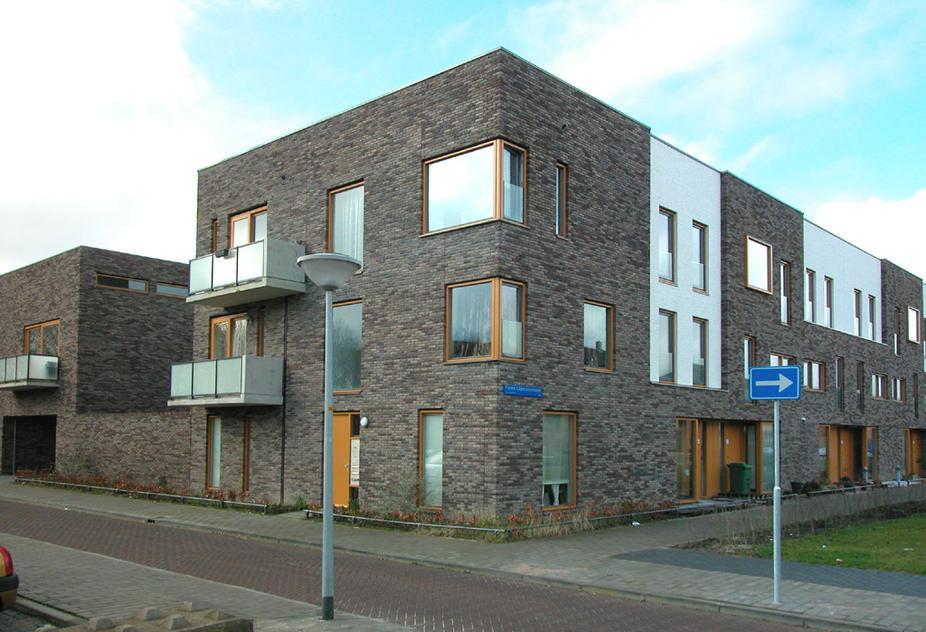 Complete Badkamer Almere : Flipjestraat 10 in almere 1336 bb: appartement. spijker