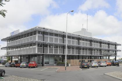 Moezelweg 151 in Europoort Rotterdam 3198 LS