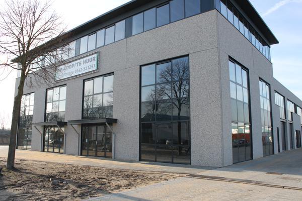 Vaartweg 12 in Oosterhout 4905 BL