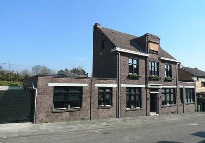 Kerkstraat 117 in Landgraaf 6374 HJ