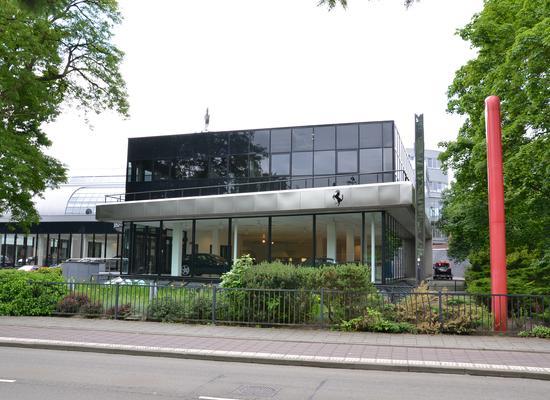 Soestdijkerstraatweg 62 in Hilversum 1213 XE