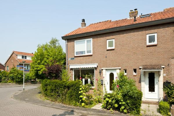 Oranjestraat 50 in Barendrecht 2991 CL