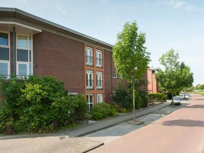 Lijsterbeswede 65 in Barendrecht 2993 GB