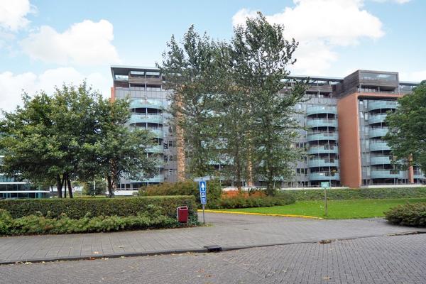 Dokter Van Ledestraat 136 in Leidschendam 2265 BS