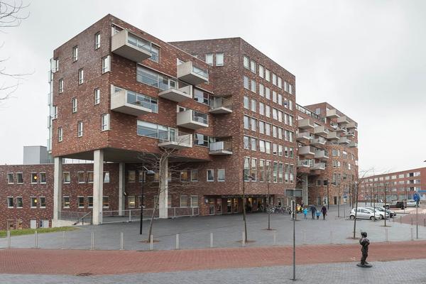 Middeldijkerplein 82 Incl Pp in Barendrecht 2993 DL