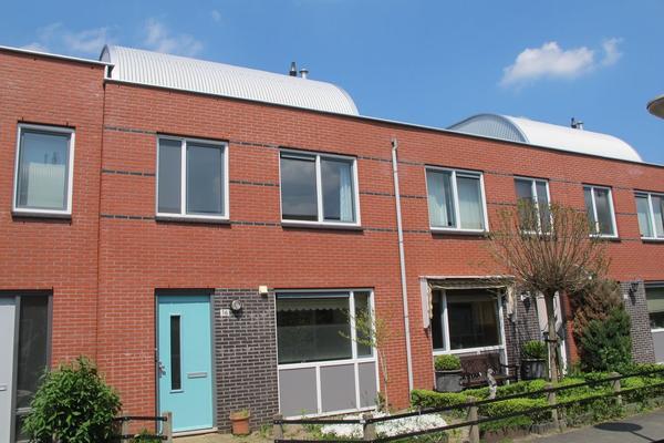 Rheezerveld 16 in Nieuw-Vennep 2151 JE