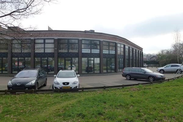 kantoorruimte te huur in hoogland beschikbaar via ReBM bedrijfsmakelaardij.