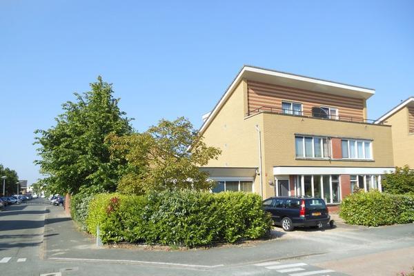 Laan Van Loevestein 43 in Nieuw-Vennep 2151 EC