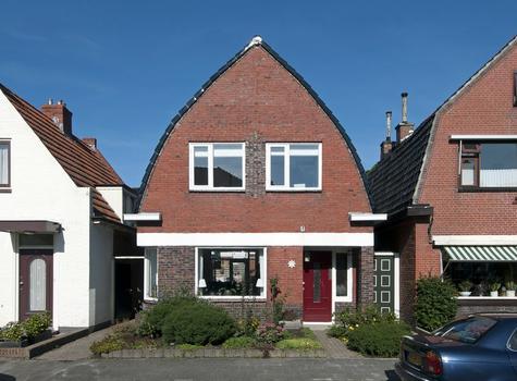 Cornelis Houtmanstraat 37 in Delfzijl 9934 HE