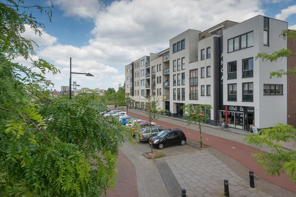 Avenue Carnisse 265 in Barendrecht 2993 ME