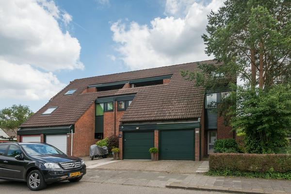 Willem-Alexanderplantsoen 154 in Barendrecht 2991 NJ