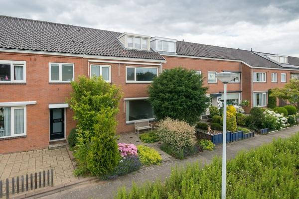 Donge 27 in Barendrecht 2991 RE