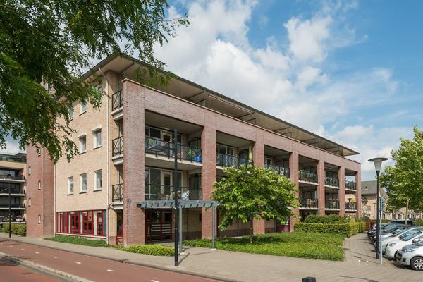 Vrijenburglaan 143 in Barendrecht 2994 GL