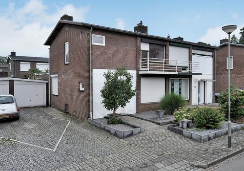 Schoonbroodstraat 9 in Geleen 6165 VA