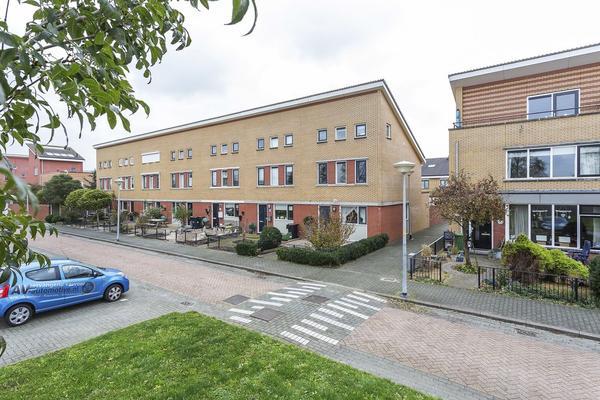 Zuilensteinsingel 14 in Nieuw-Vennep 2151 ED
