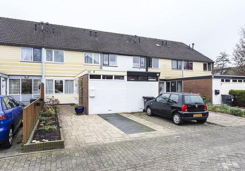 Zwattingburen 65 in Nieuw-Vennep 2151 ZH