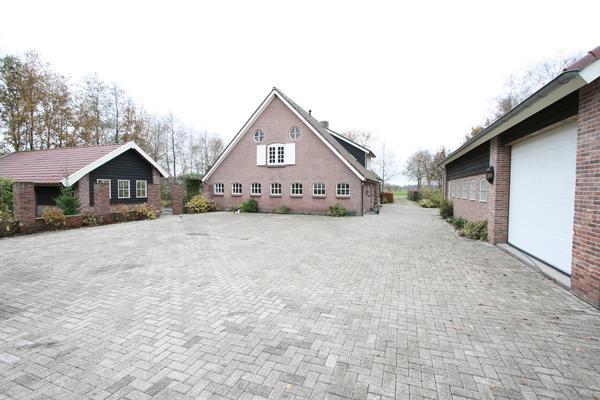 Hoogeveenseweg 27 in Schuinesloot 7777 TA