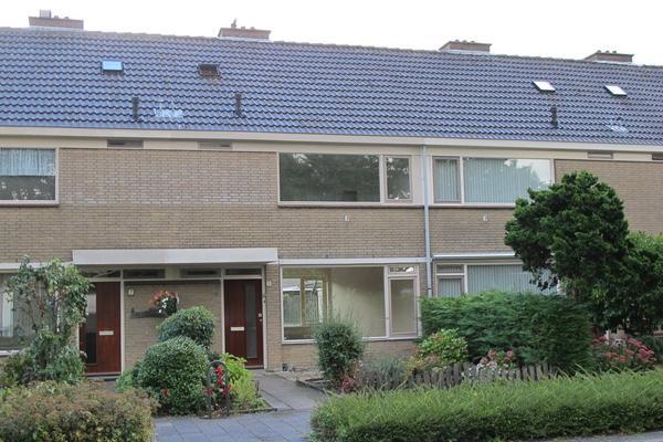 Zwanenwater 33 in Nieuw-Vennep 2152 BL