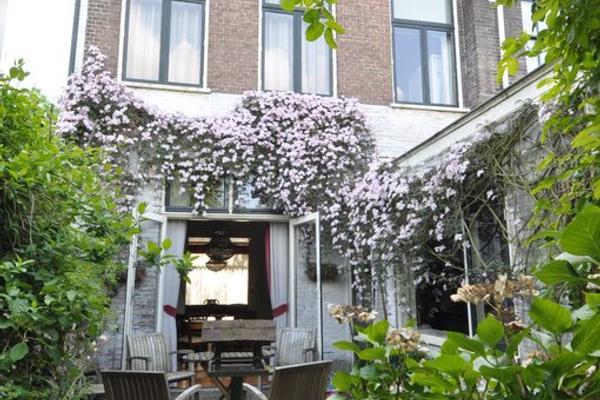 Zwartelaan 20 in Voorburg 2271 BR