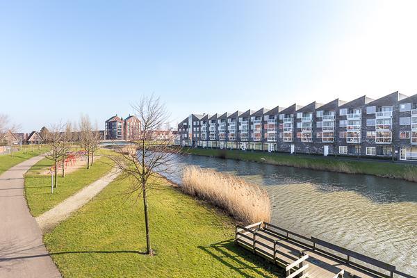 Vivaldisingel 295 in Nieuw-Vennep 2151 NK