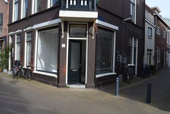 Kleine Houtstraat 121 Zwart in Haarlem 2011 DL