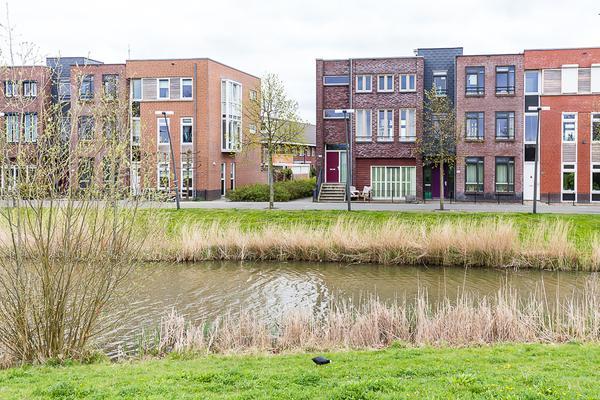 Nabuccosingel 121 in Nieuw-Vennep 2152 PA