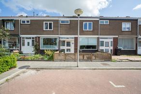Bryhoekstraat 37 in Hellevoetsluis 3223 BD