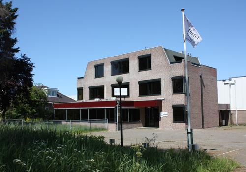 Van Der Marckstraat 18 in Leiderdorp 2352 RA