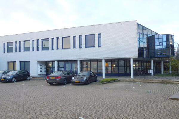 Kantoorruimte huren aan de Algolweg 11 Bedrijventerrein De Hoef in Amersfoort RéBM Bedrijfsmakelaar