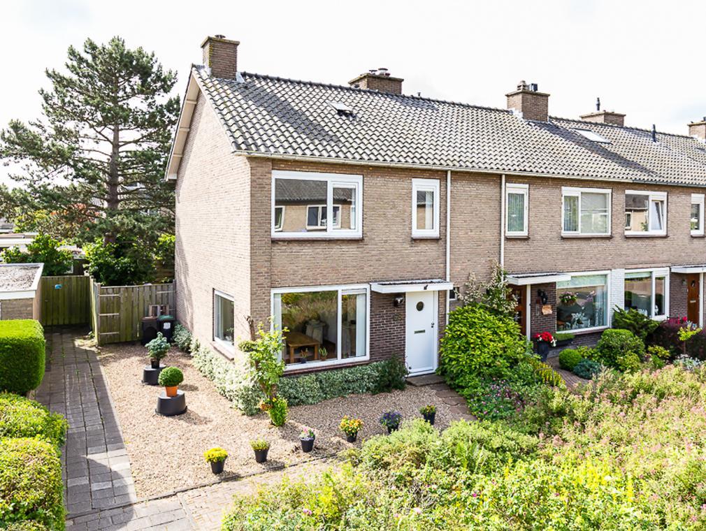 Dorsersstraat 63 in Nieuw-Vennep 2151 CG