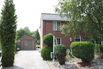 Parallelweg 8 in Oostwold 9682 RK