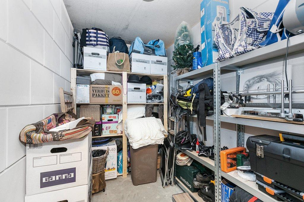 Zwevend Toilet Gamma : Dirigentplein 144 in eindhoven 5642 rk: appartement. hypodomus