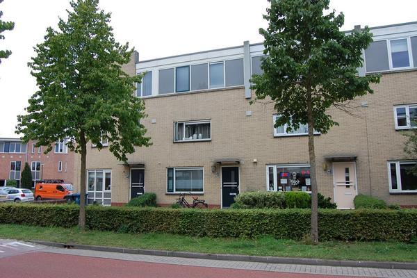Stuwmeer 67 in Houten 3994 HH