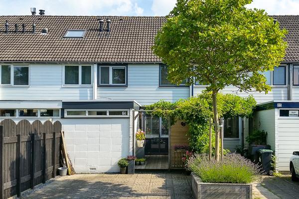 Vagerveld 64 in Nieuw-Vennep 2151 ZD