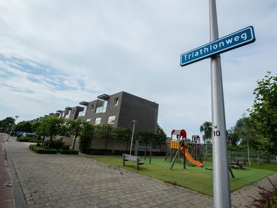 Triathlonweg 12 in Hellevoetsluis 3223 AN