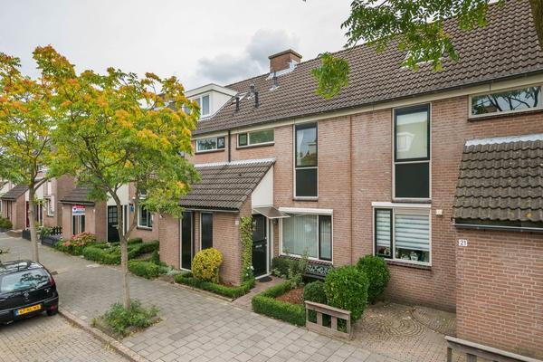 Van Riedevliet 19 in Barendrecht 2992 TK