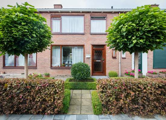 Willems Fopsstraat 16 in Hellevoetsluis 3222 CT