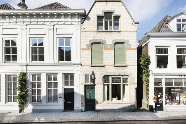 Vughterstraat 219 in 'S-Hertogenbosch 5211 GC