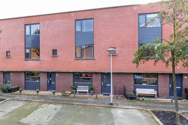 Viersepoort 15 in Nieuw-Vennep 2152 RP