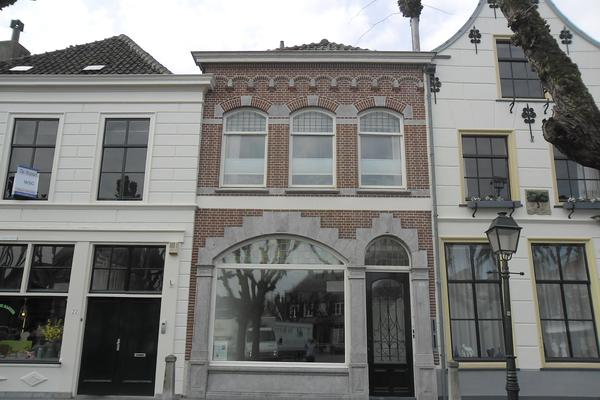 Markt 24 in Geertruidenberg 4931 BS