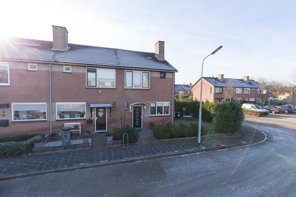 Wikkestraat 12 in Nieuw-Vennep 2153 CG