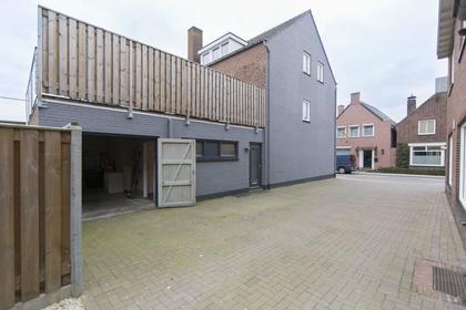 Dorpsstraat 3 in Velden 5941 EW