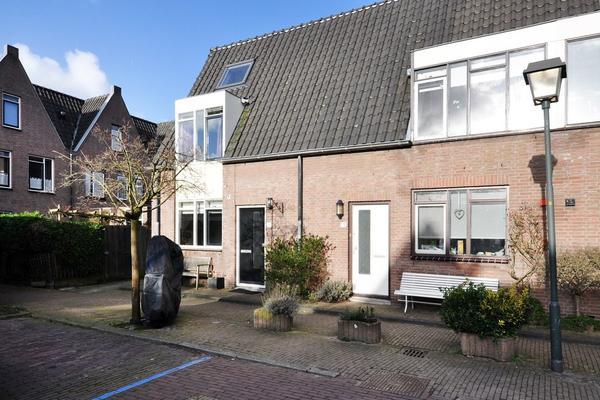 Kleine Laan 15 in Voorburg 2271 AZ