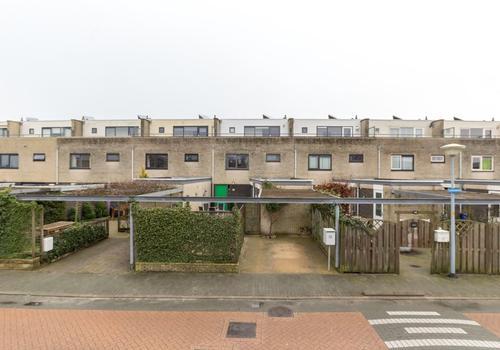 Leusveld 46 in Nieuw-Vennep 2151 JX